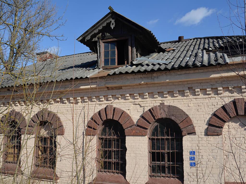 фасад старинной бани