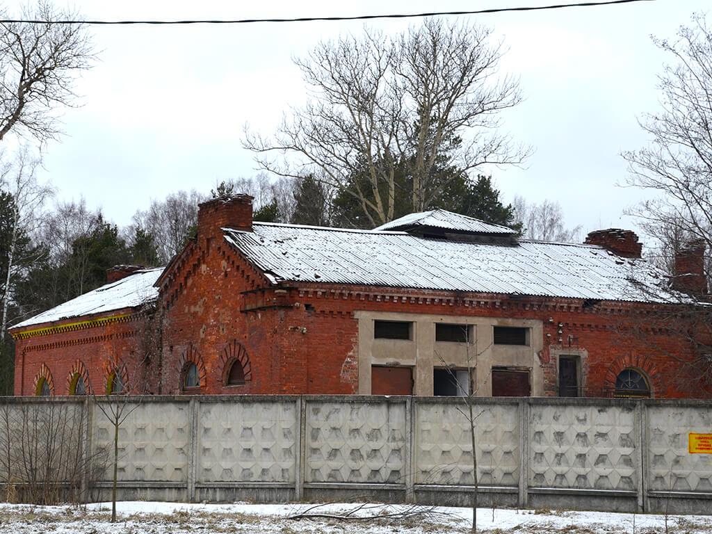 полковая церковь.
