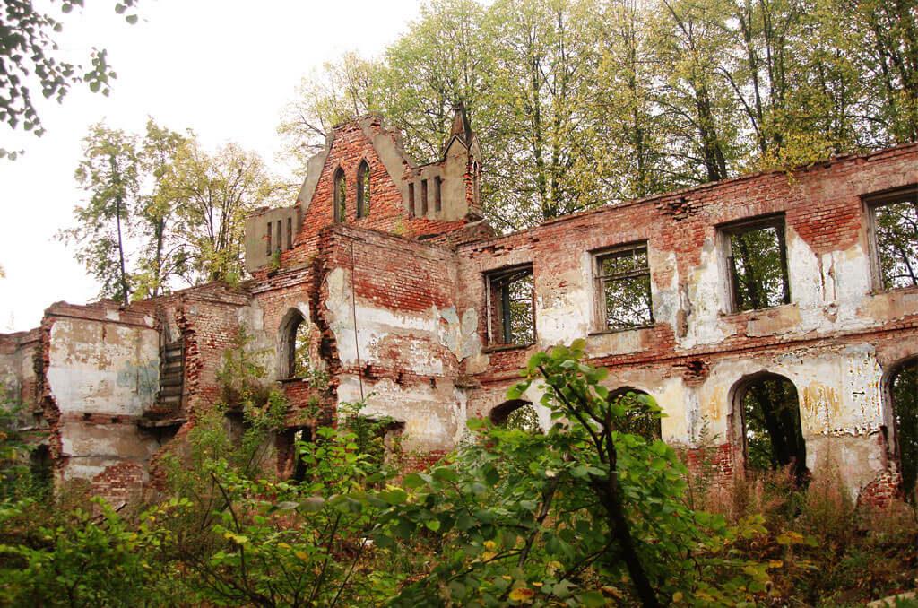 руины-больницы